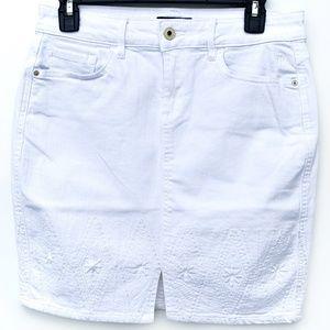 Tommy Hilfiger Mini Skirt In Bloom White Denim